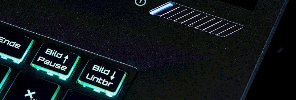 Gaming Notebook Intel Core I7-7700 GeForce GTX 1050 Intel SSD